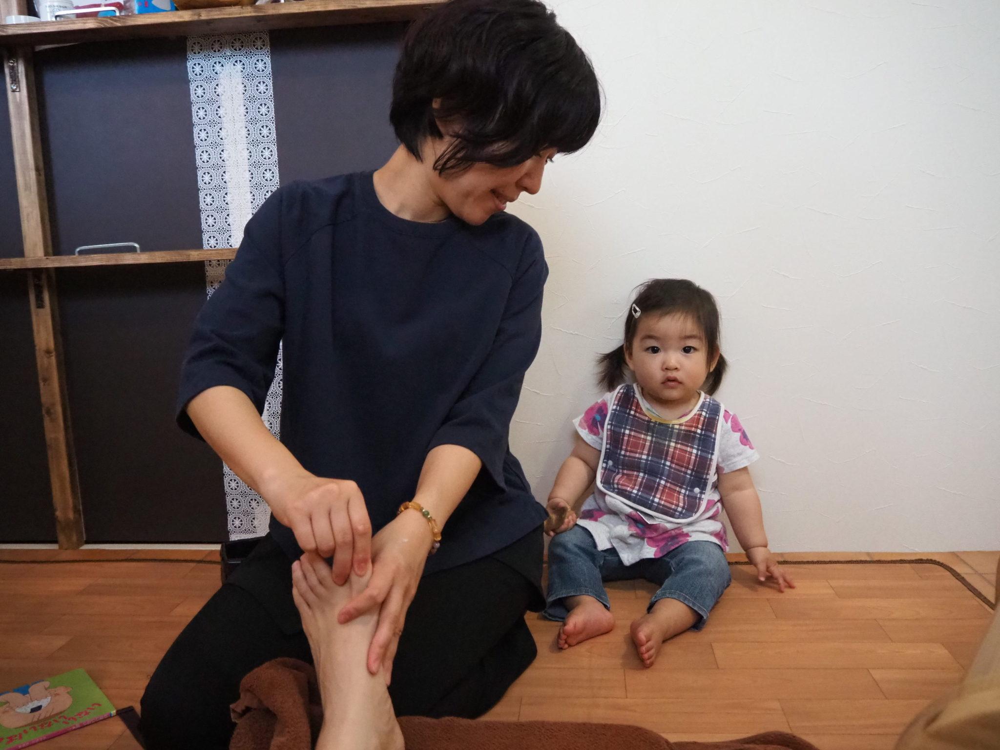 徳島の若石子連れ足もみサロンcocoaでのんびりスッキリ!足もみ体験レポート